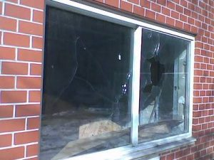 commercial and residential glass repair and replacement